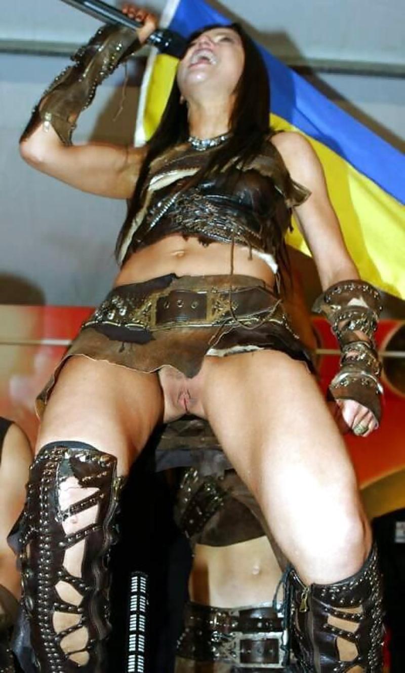 Сексуальные фото русских звезд заснятые папарацци 20 фотография